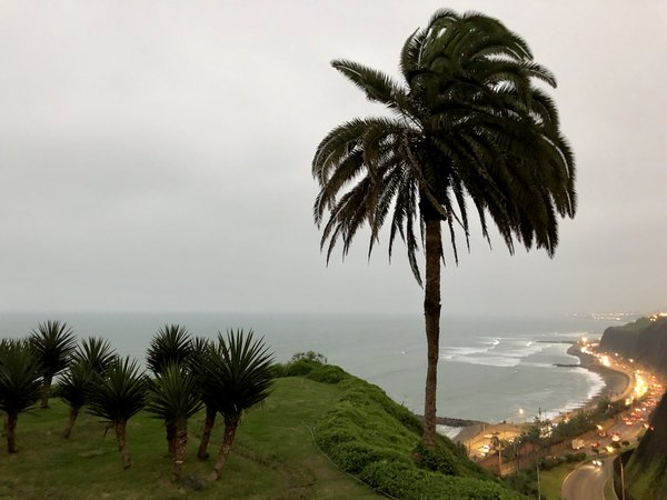Ocean Front View in Lima.  thumbnail