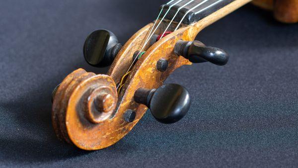 Vintage Violin Scroll thumbnail