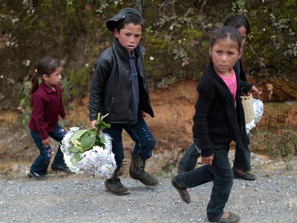 10_01_2014_migrant children.jpg