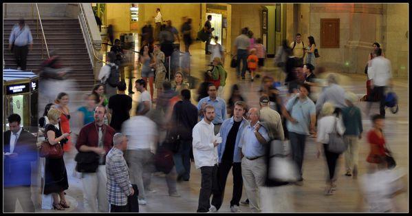 People waiting at Grand Central, New York City thumbnail