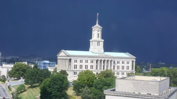 Tennessee state capitol while a storm approaches thumbnail