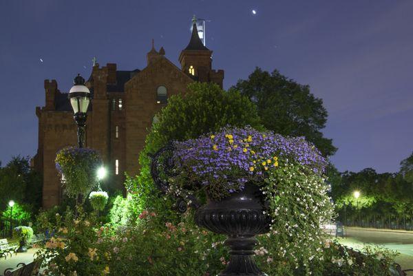 Night vist to Kathrine Dulin Folger Rose Garden thumbnail