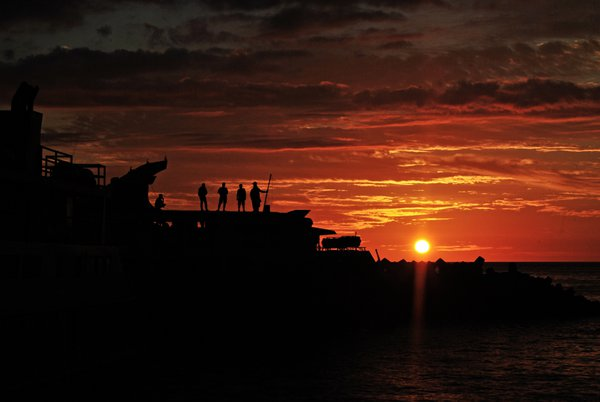 Sunset of Manado thumbnail