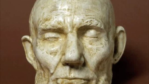 Preview thumbnail for One Life: The Mask of Lincoln