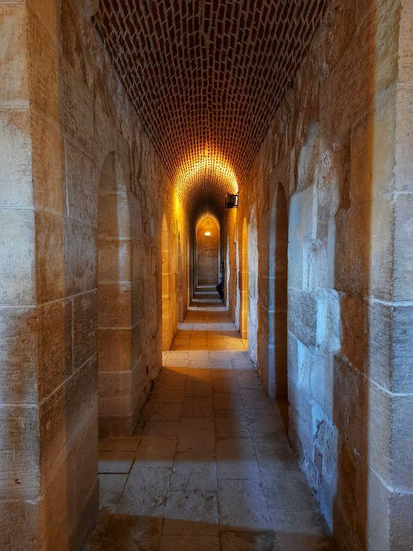 Cozy Lightened Corridor! thumbnail