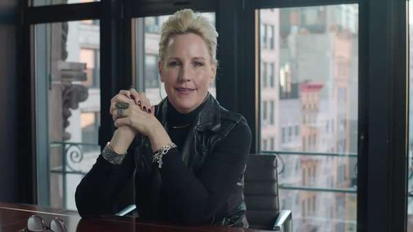 Preview thumbnail for Erin Brockovich Congratulates Marc Edwards and LeeAnne Walters on Winning the 2016 American Ingenuity Award for Social Progress