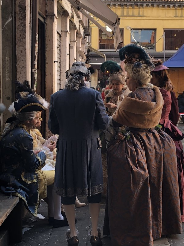 Lunch in costume, Venice Carnaval thumbnail