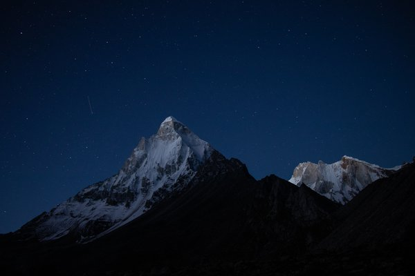 A shooting star passing besides Mt. Shivling! thumbnail