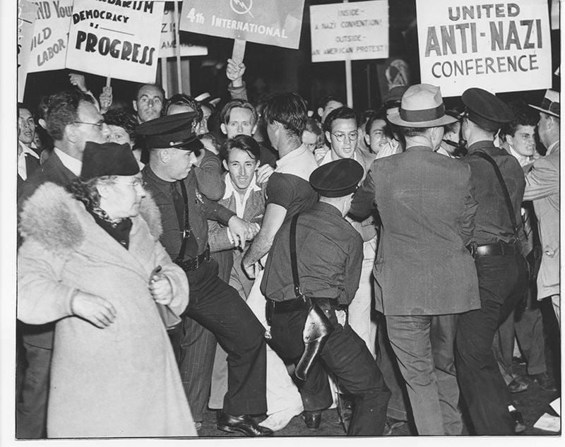 28-Anti-Nazi-ProtestAug-1938.jpg