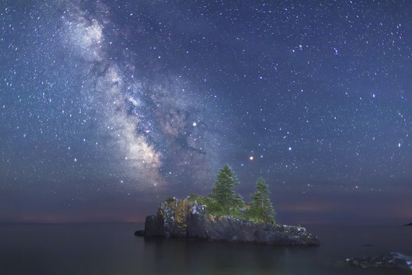 Milky Way behind Hollow Rock along Lake Superior's North Shore, Minnesota thumbnail