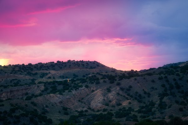 Psychedelic  Sunset in New Mexico thumbnail