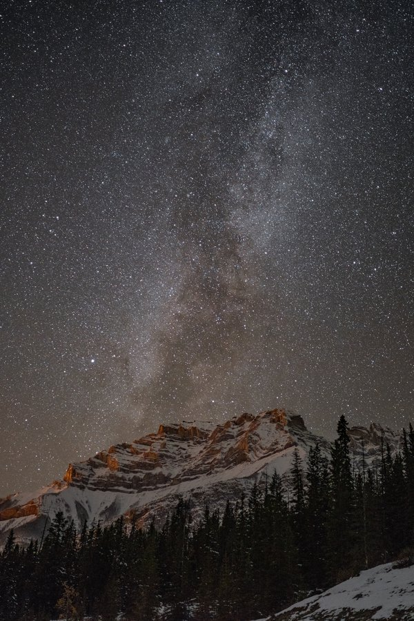 Milky way against the Rockies thumbnail