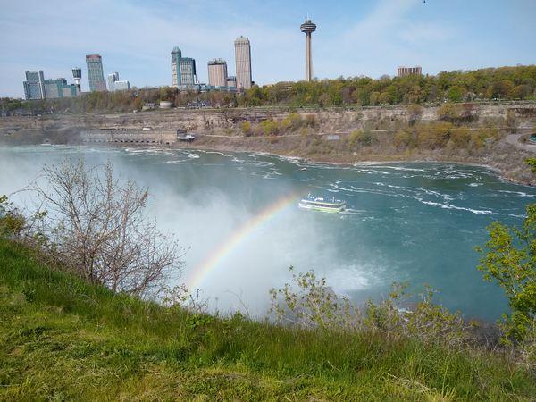 A rainbow at Niagara Falls thumbnail