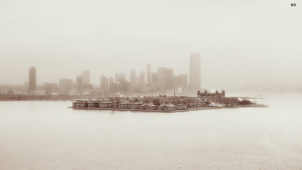 Dreams of Ellis Island thumbnail