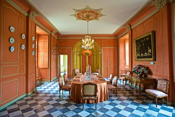 Dining room chateau Villandry France Nikon D800 20mm lense thumbnail