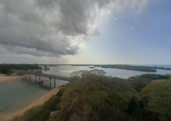 Bridge over Ullackalie lagoon thumbnail