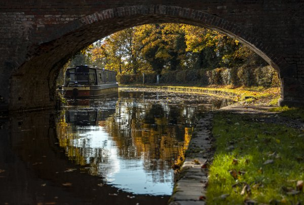 arch of the canal bridge thumbnail