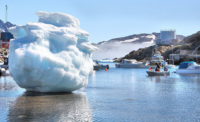 Melting Greenland glaciers