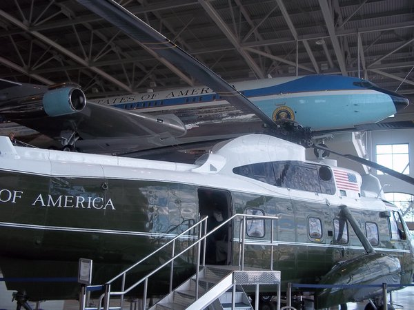Air Force One and Marine One at Ronald Reagan Library thumbnail
