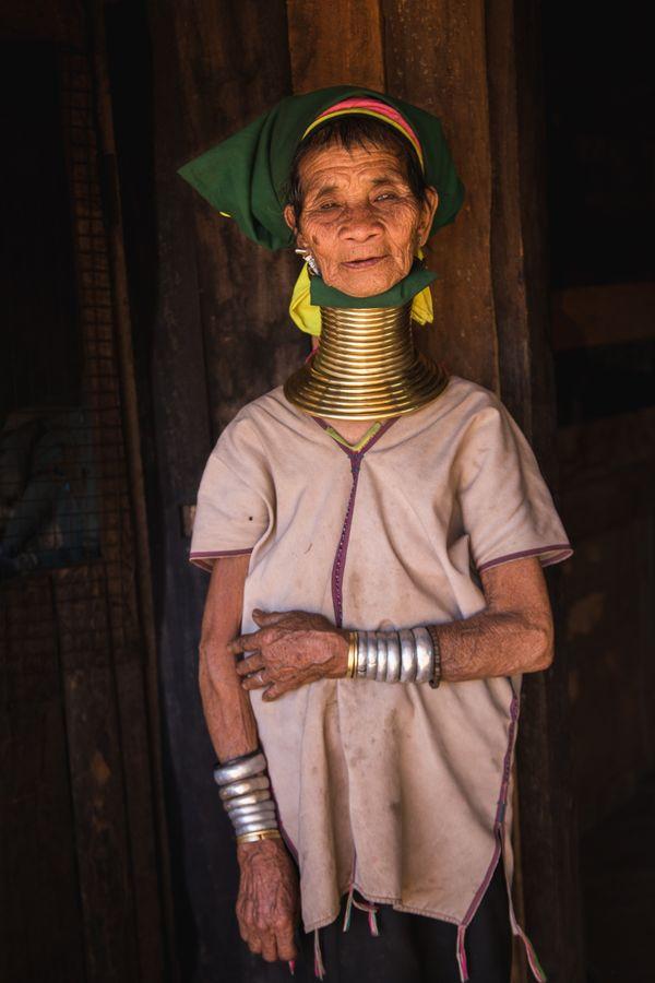 Old tribeswoman thumbnail
