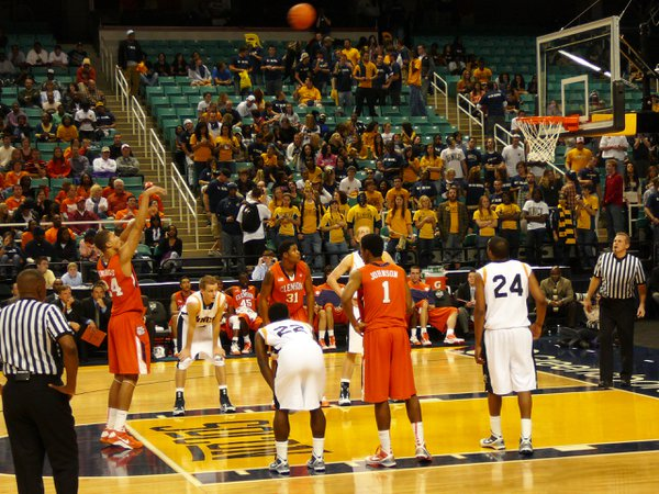 The Clemson Tigers at the line for a free throw. Clemson goes on to win this game vs. UNC Greensboro 89-67. thumbnail