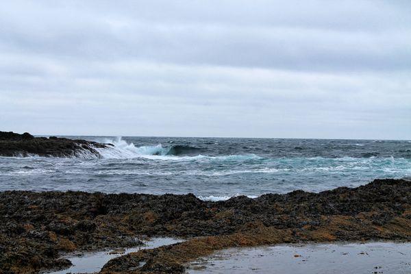 Icy surf thumbnail