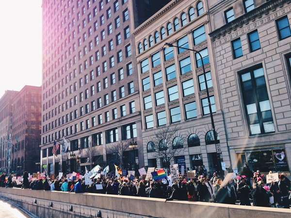 Marching down Chicago's Michigan Avenue thumbnail