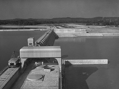 The Watts Bar Dam, one of the dams that is part of the Tennessee Valley Authority.