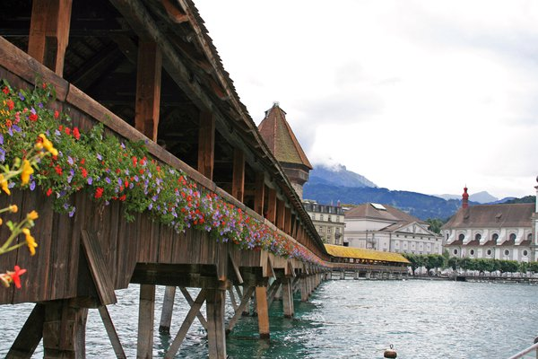 Bridge to Lucerne thumbnail