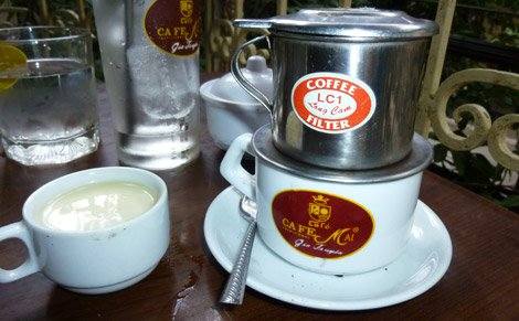 Cafe Mai's cup of ca phe cut chon