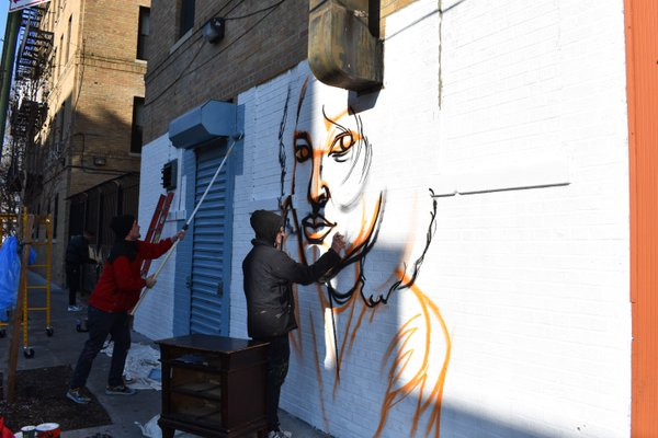 Nubian and Sidka Paint in the Bronx thumbnail