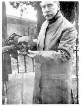 Smithsons-skull.jpg