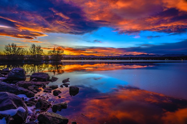 Sunset on Fire at Sloans Lake thumbnail
