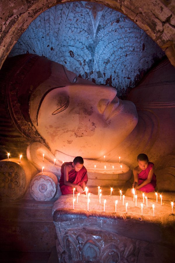 The young monks from Myanmar.I found this young monks and the big Buddha image in Bagan. thumbnail