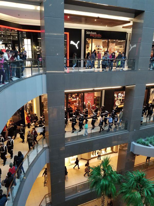 Military band at the mall thumbnail