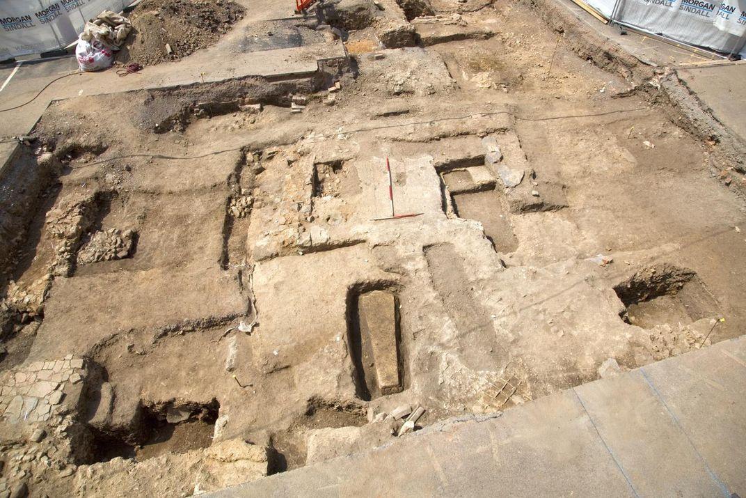 Who's Inside the Lead Coffin Found Near Richard III?