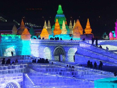 The 2017 Harbin Ice and Snow World began trial operations December 21, which has attracted tens of thousands of tourists to take pictures here.