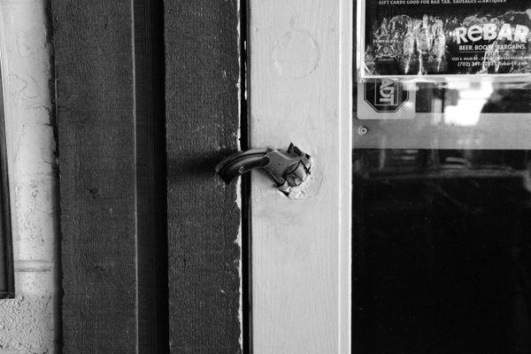 Gun-Door Handle thumbnail