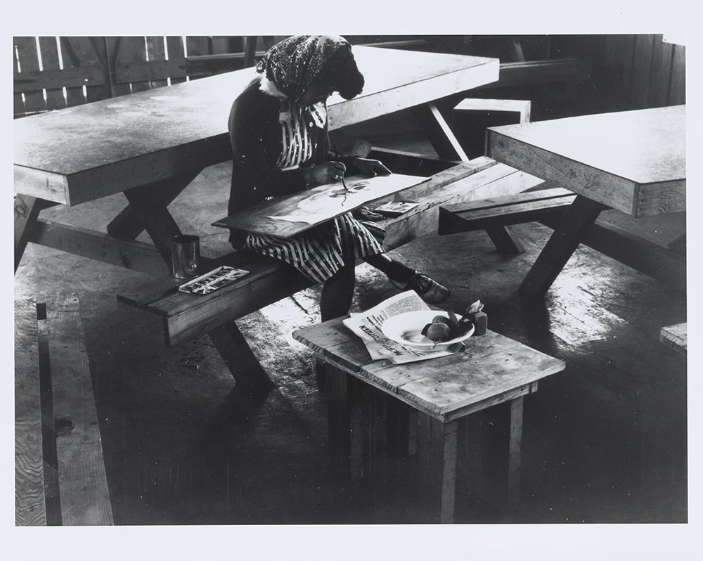 Photograph of a still life class by Dorothea Lange