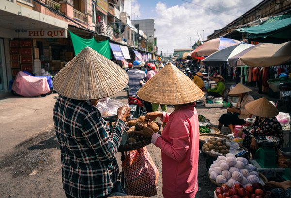 Market in Mekong Delta thumbnail