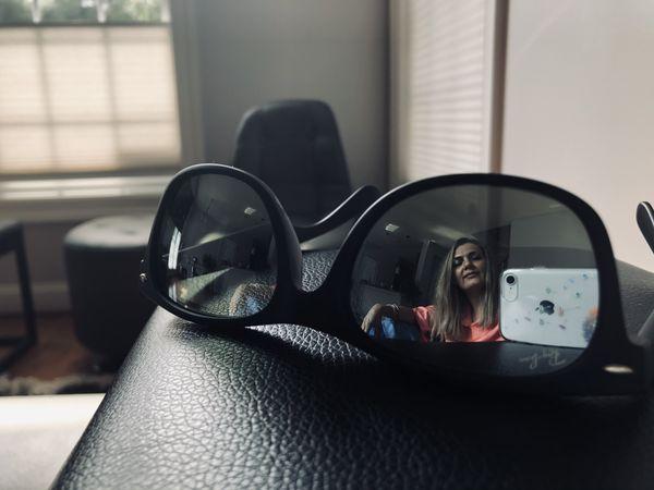 """Eye-phone ""reflection of me thumbnail"