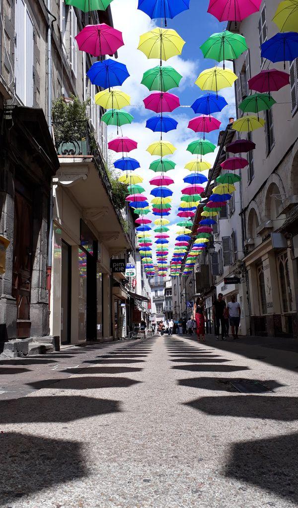 Aurillac - city of umbrellas thumbnail