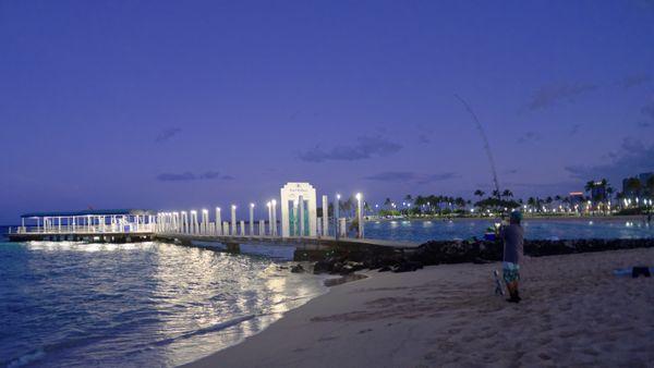 Waikiki -  Night (or First Light) Fishing  thumbnail