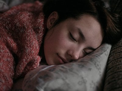 Fifty years after researchers dismissed the idea of learning while you sleep, we now know that sound and smell cues can reactivate memories during this time of rest.