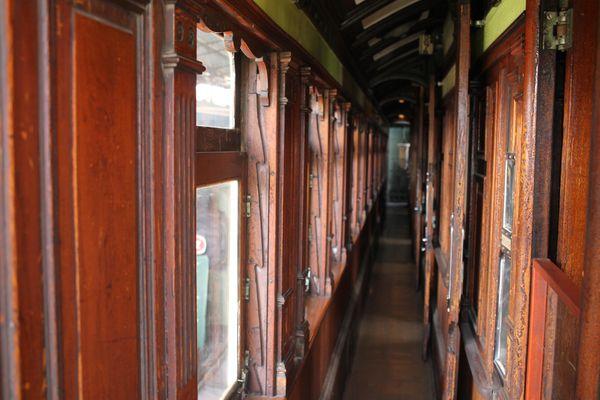 Heritage train corridor thumbnail