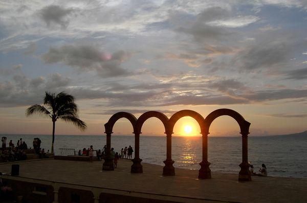 Los Arcos at Sunset, Puerto Vallarta thumbnail