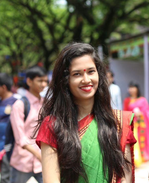 A girl in pahela baishakh thumbnail