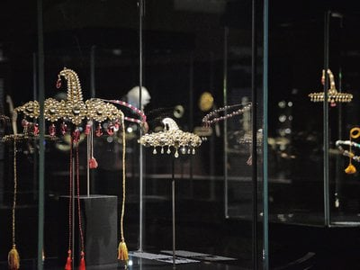 Some jewels are on display at the 'Treasures of the Mughals and the Maharajahs' exibithion, at Venice's Doge's Palace, in Venice, Italy, Wednesday, Jan. 3, 2018.