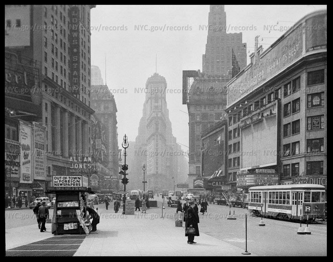 Times Square, 1938
