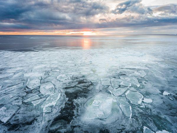 White sea in winter thumbnail